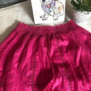 Skirt with slight hi-lo size L boho feel!